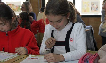 ¿Cómo es el uniforme del colegio Sagrado Corazón de Sevilla?